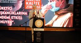 33. Uluslararası Tüketici Kalite Zirvesi'nde Haberler.com'a ödül