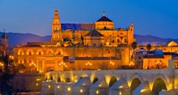 Ayasofya kararına karşı çıkan UNESCO'ya yanıt veren Turizm Bakan Yardımcısı, Cordoba Katedrali'ni örnek gösterdi