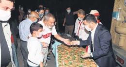 Nevşehir'de halka şerbet dağıtıldı