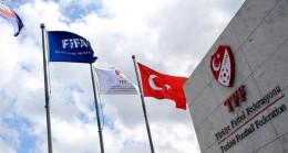 PFDK'dan 10 kulübe ve maske takmayan idarecilere koronavirüs cezası