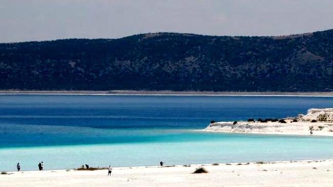 Salda Gölü'nde 1 Ağustos'tan itibaren sigara yasak