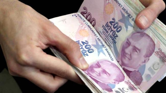 Son Dakika: Emeklilere 11 milyar liralık ikramiye ödemesi yapıldı