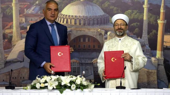 Son Dakika: Kültür ve Turizm Bakanlığı ile Diyanet arasında Ayasofya için işbirliği protokolü imzalandı