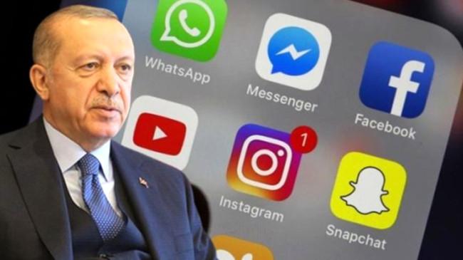 Sosyal medya düzenlemesi için Erdoğan'ın masasında 2 formül var! Ya Fransa modeli ya ABD modeli