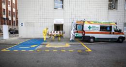 İtalya'da Koronavirüs Salgınında Günlük Vaka Sayısında Rekor Artış Devam Ediyor