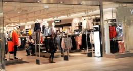 Türkiye'de de Faaliyet Gösteren Ünlü Giyim Firması, Yüzlerce Mağazasını Kapatacak